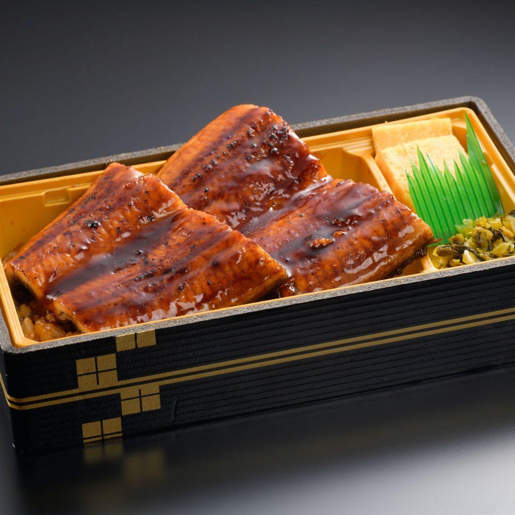 ■やきとり丼 650円(税込702円) 鶏もも、白ねぎ