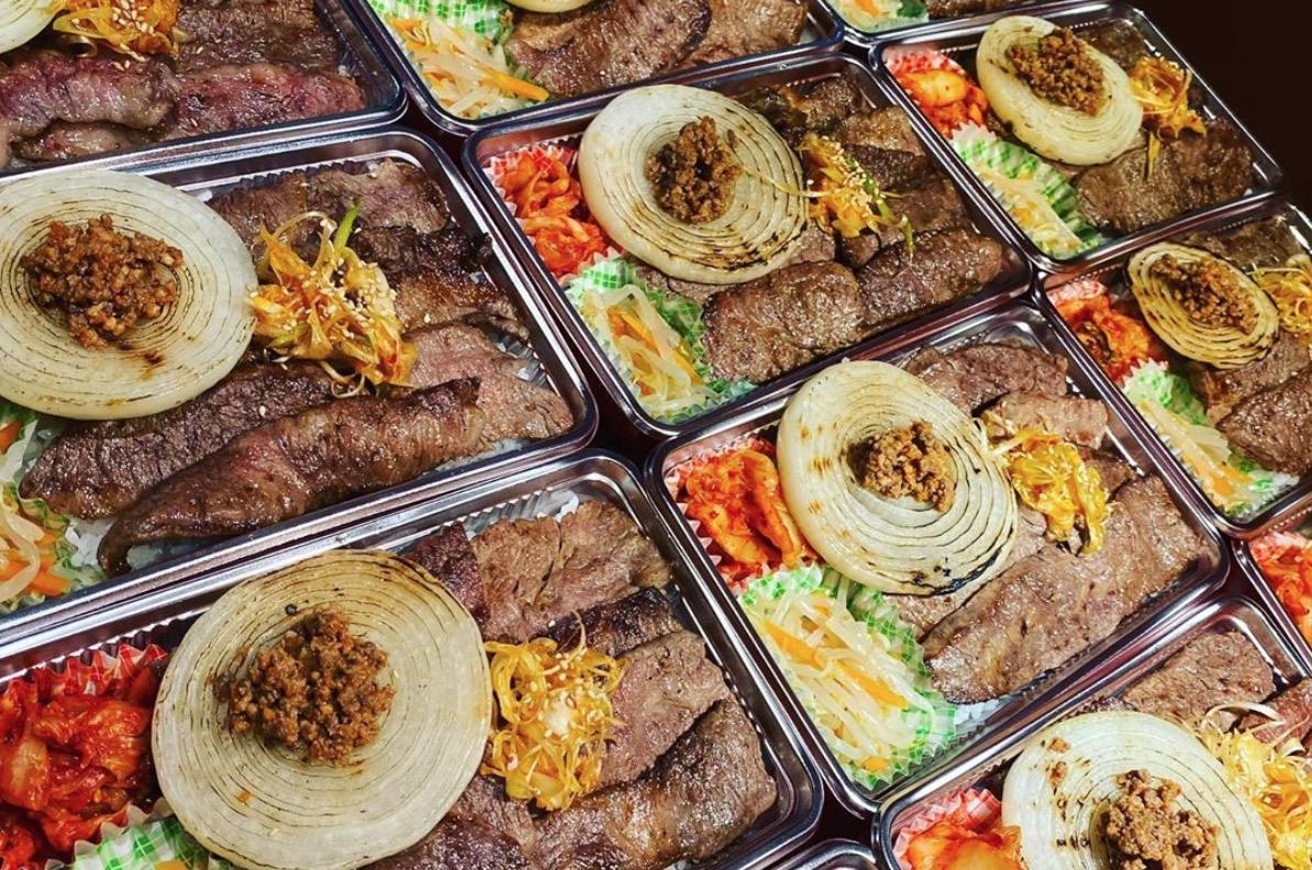 【熊本市中央区】熊本ホルモンのテイクアウト情報!130グラムのお肉が入ったボリューム満点なお弁当!!