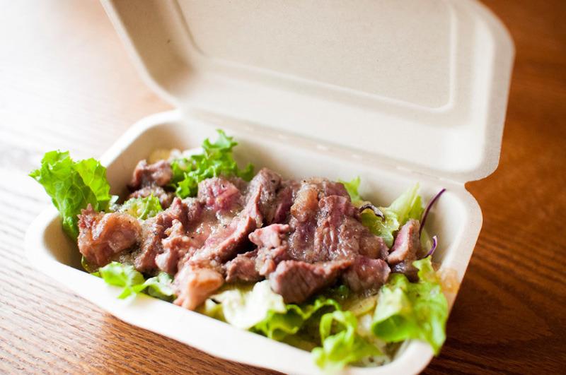 【菊池郡菊陽町】ステーキバーガブリでこだわり熟成肉を味わおう!