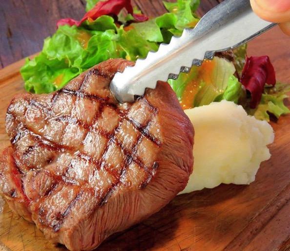 牛タンのステーキ